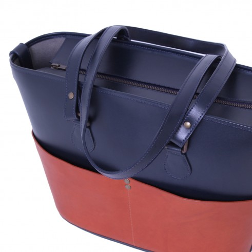 Buckitt Three- Navy & Rust_close 2